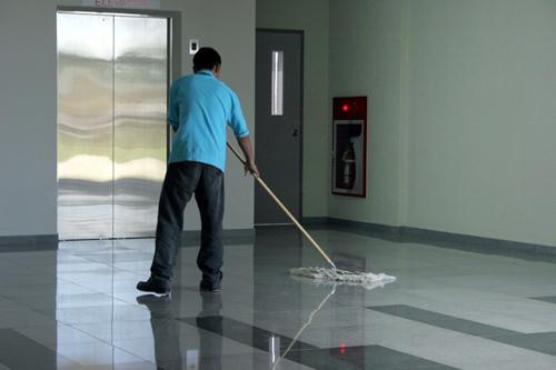 Manet propose des prestations de nettoyage telles que la mise à disposition d'agent de service
